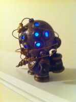 Bioshock munny glowing by Berto5693