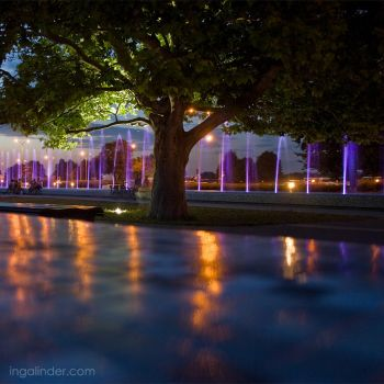 Warsaw by night - fountains show by IngaLinder