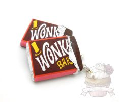 Movie inspired Wonka bar scented necklace by ilikeshiniesfakery