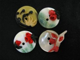 Buttons decorated with polymer clay by Tertulla