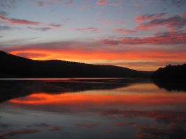 Sunset's Reflection by Bethany1994