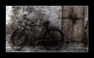 The old bike by cradeloso