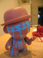 Munny - Resist by Hypnojoe