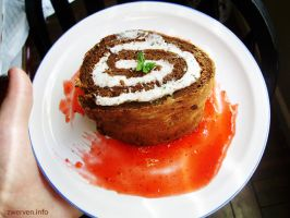 chocolate-mint swiss roll by Zwerven
