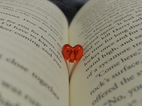 Love to Read by Perfect-Mystery