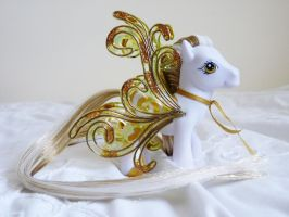 Custom my little pony Golden grace 4 by thebluemaiden