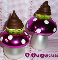 Mini Hi Hat Cupcakes by SweetySara