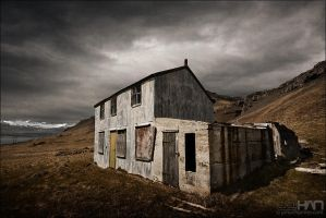 Abandoned Farm Iceland by nahojsennah