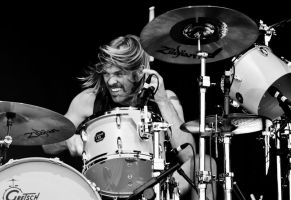 Taylor Hawkins by GIVEthemHORNS