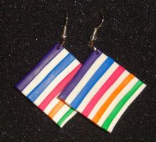 Color stripes earrings by ffimo
