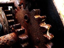 Dirty, Rusty, Old Gears by Acrazycookie4