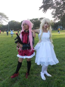 'Sup? (Rikka/Yuno and Young White Queen cosplay) by thunderismyname