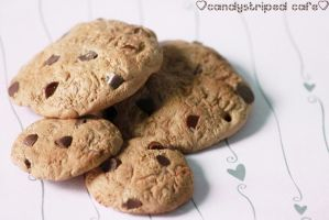 chocolate chip cookies by CandyStripedCafe