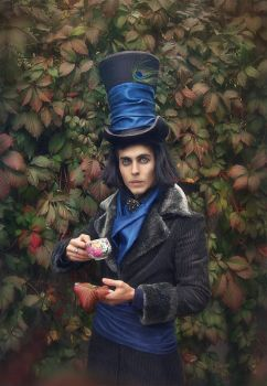 Mad hatter1 by inSOLense