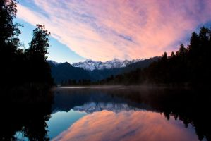 Lake Matheson by Uraeus82