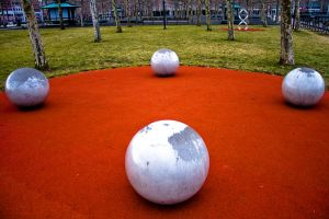 4 balls.... by SUNphotography