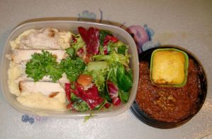 Not so caloric bento by Vetriz