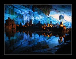 Reed Flute Cave by gEistiO