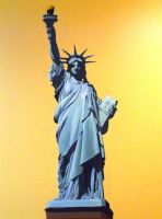 statue of the liberty by ebasqan