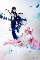 Homura and Madoka by MaryMagika