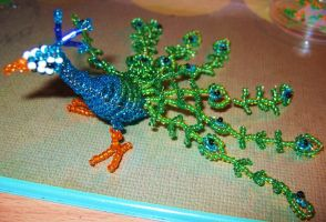 bead peacock by Niicchan