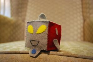 Cube: ULTRAMAN by HelloBatty