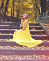 Yellow. by Lukreszja