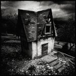 ::: my HOusE ::: by twELveRN
