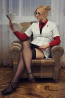 dr harleen quinzel by Fiora-solo-top