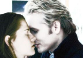 carlisle and bella kiss by Bleach-Fairy