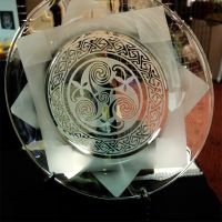 Spiral etched glass plate by ImaginedGlass