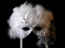 Dove Queen Mask - Sold by Beadazzlebyjill
