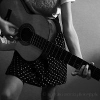 Guitar II by pepytta