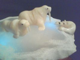polar bear with baby 2 by tomkush
