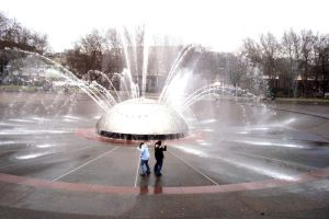 Waterbending the Fountain by bookadict