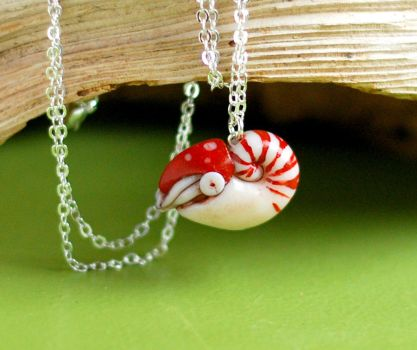 nautilus necklace by octopus-interphone