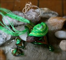 Green Tree Python Pendant and Earrings Set by NadilynBeato