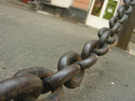 Chain 10 by macro-photo