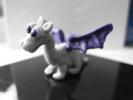 Tiny Dragon by Akki14