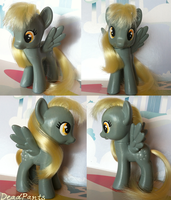 Derpy Hooves Custom by DeadPants