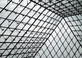 The pyramid in the Louvre by LillyFruit