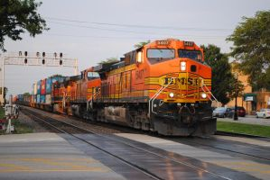 BNSF LG Ave. 1, 7-1-11 by eyepilot13