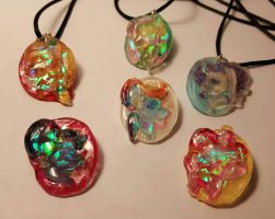 Crystal Mane Six Pendants by chipperpony