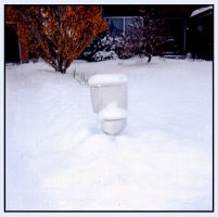 Toilet in the Snow by Kittensoft