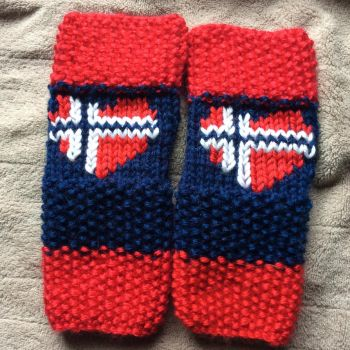 Norway Mitts by MagicalMermaid-N