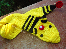 Ampharos Scarf by Rainbowbubbles