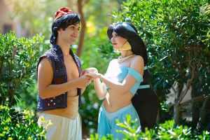 Jasmine and Aladdin by Rei-Doll