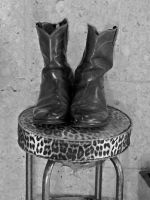 BOOTS IN TROPHY BARBER SHOP by CorazondeDios