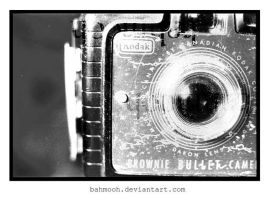 a vintage camera... by bahmooh
