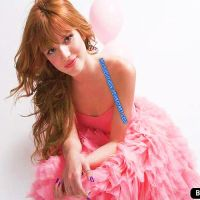 Display de Bella Thorne by LulyyEditions